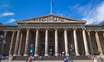 大英博物馆的首创保藏家和奴隶主斯隆的半身像被移走了